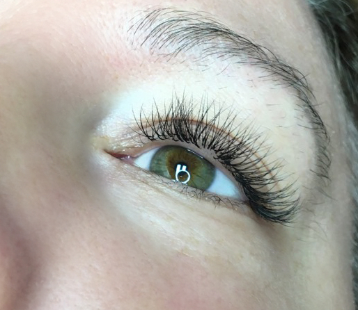2D Volume Eyelashes. Sofia Lashes