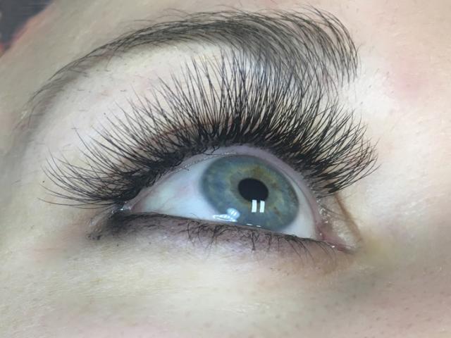 "alt=""3D Volume eyelash extensions-Sofia lashes-Edmonton"""