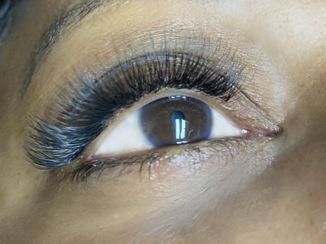 """alt=""""3D eyelash extensions"""""""
