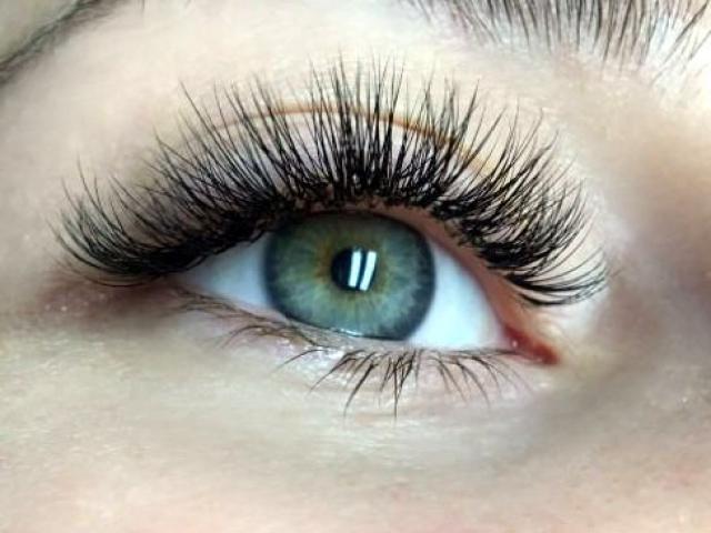 "alt""=Hybrid lashes"""