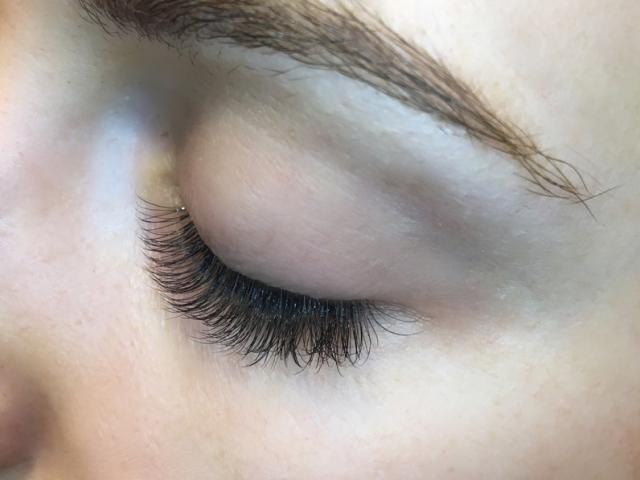 "alt=""Hybrid eyelash extensions-Sofia Lashes"""