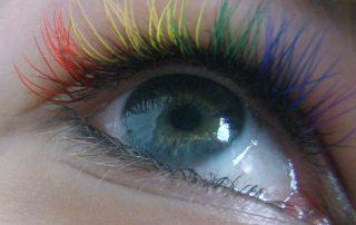 "alt=""rainbow lashes"""